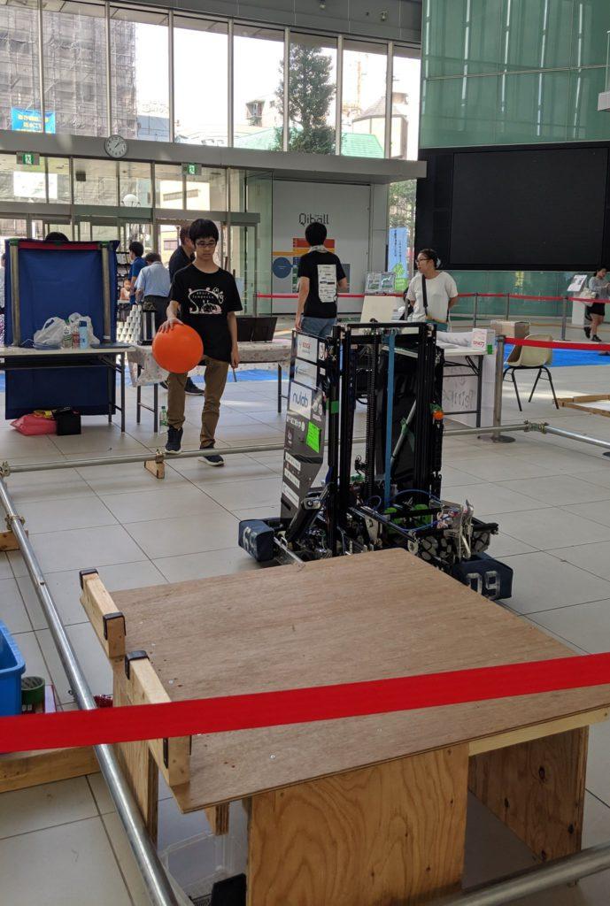 ロボットとメンバー