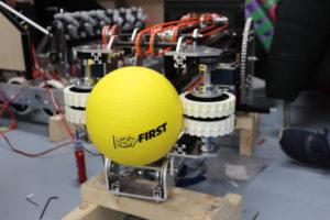 ロボットのアームとボール