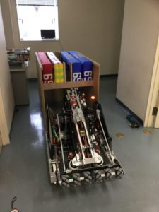 クレートとロボット